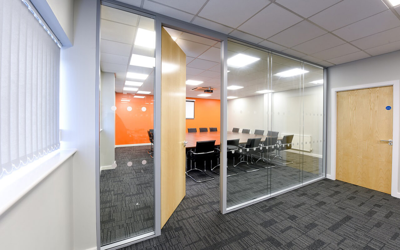 Viso Double Glazed Partitioning Main Meeting Room